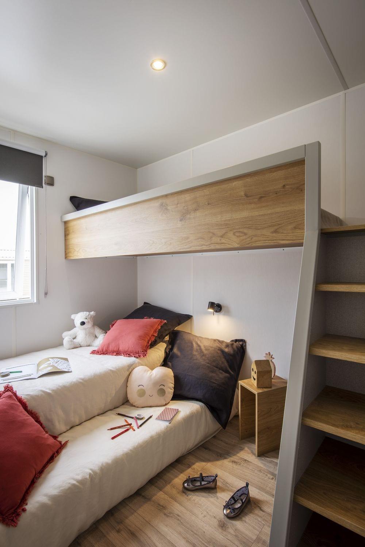 Chambre enfants avec mezzanine et lit gigogne