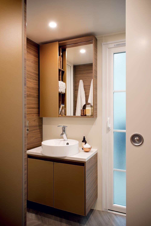 Irm hampton 2 mobil home neuf residentiel zen mobil home - Mobil home chambres salles de bain ...