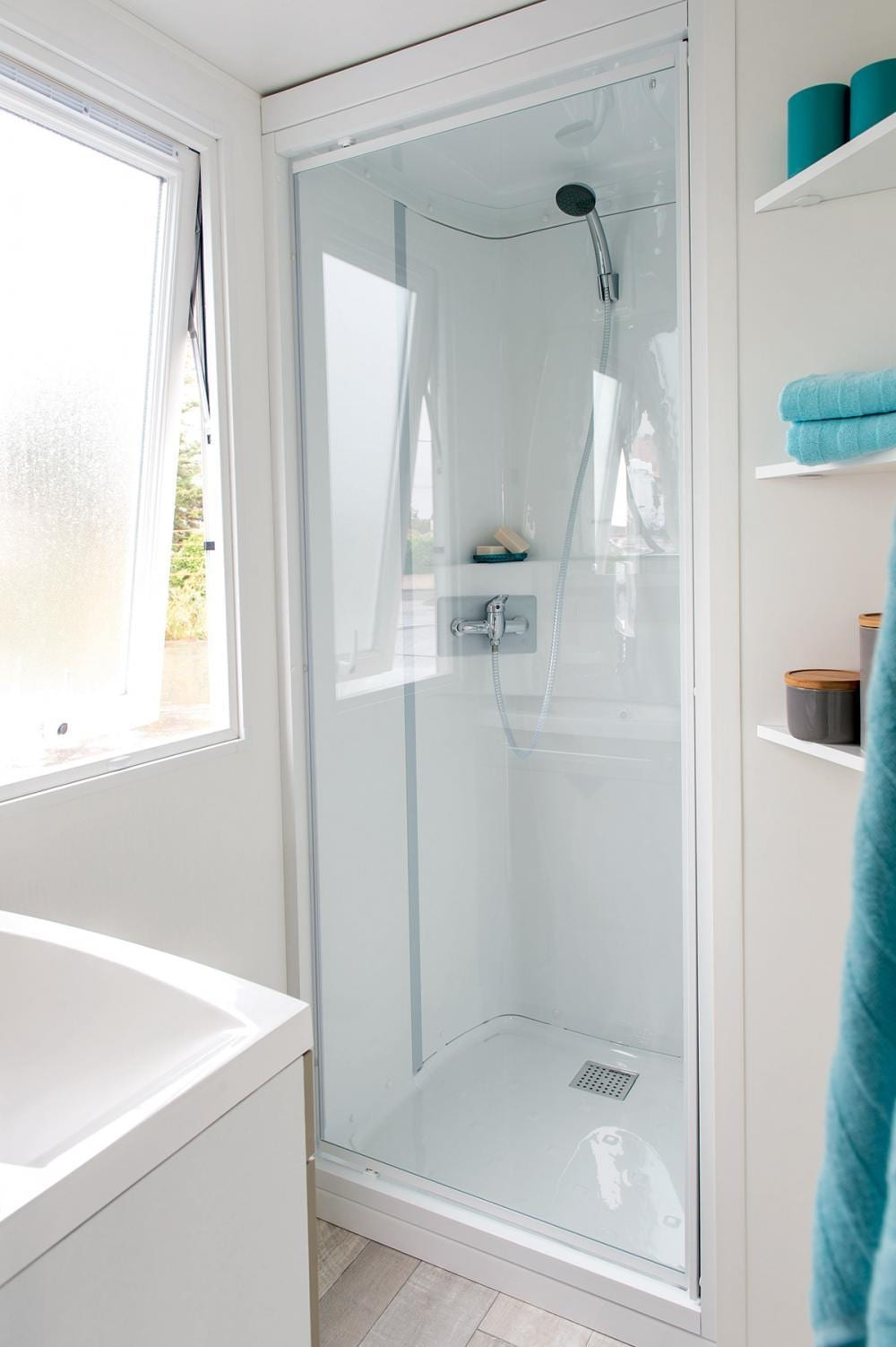 irm loggia mobil home neuf gamme loggia zen mobilhome. Black Bedroom Furniture Sets. Home Design Ideas
