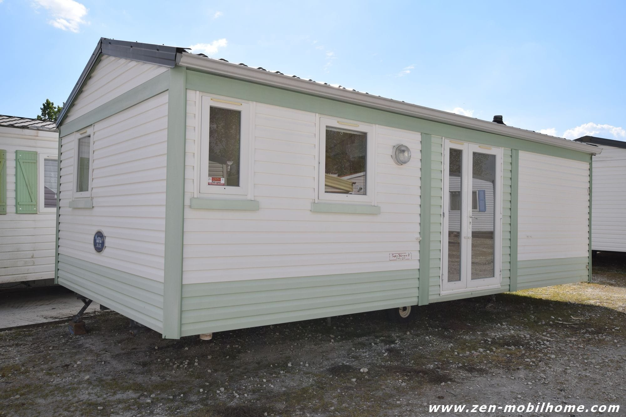 irm super mercure mobil home d 39 occasion 5 500 zen mobil homes. Black Bedroom Furniture Sets. Home Design Ideas