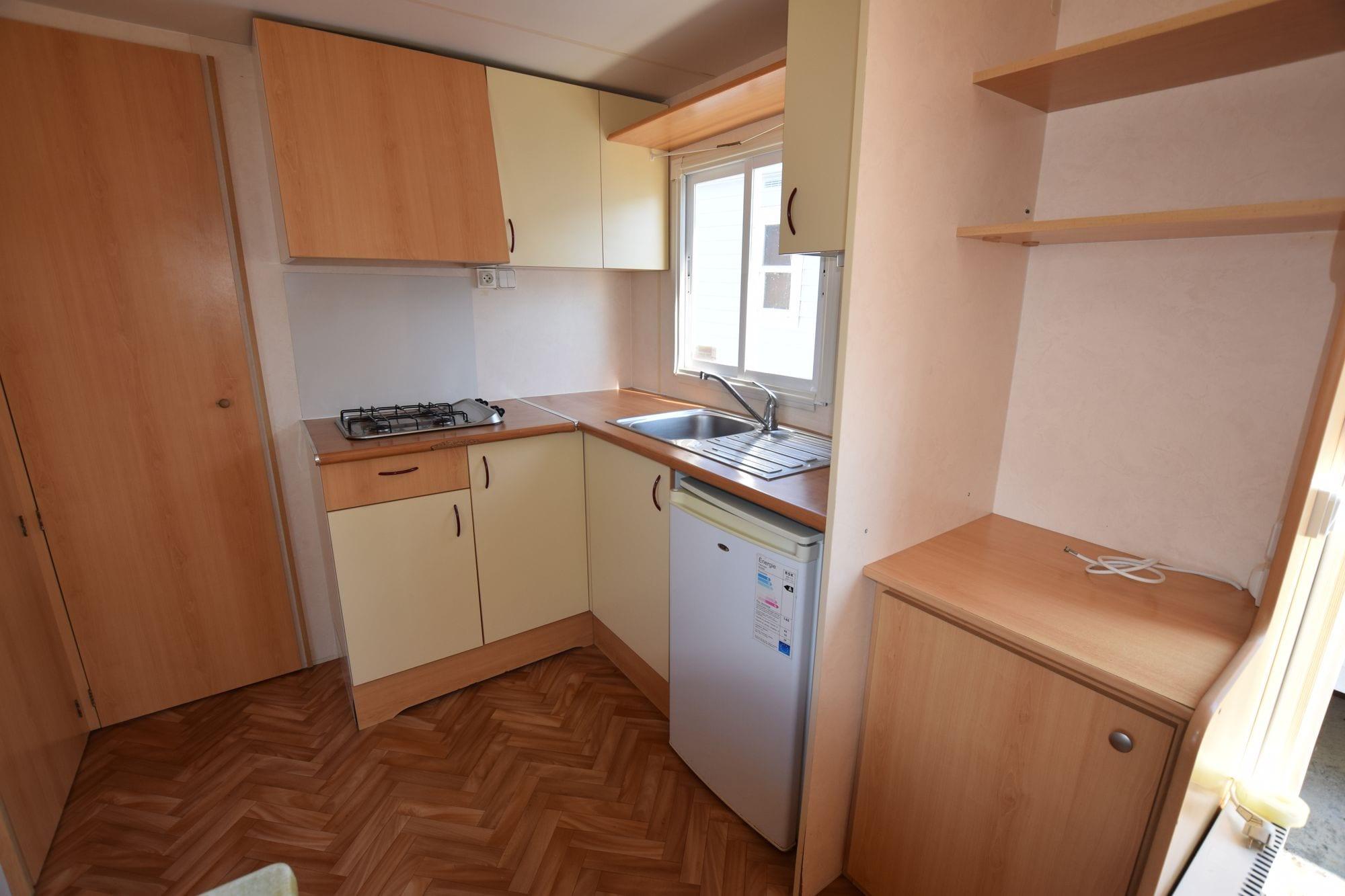sun roller evasion mobil home d 39 occasion 4 200 zen mobil homes. Black Bedroom Furniture Sets. Home Design Ideas