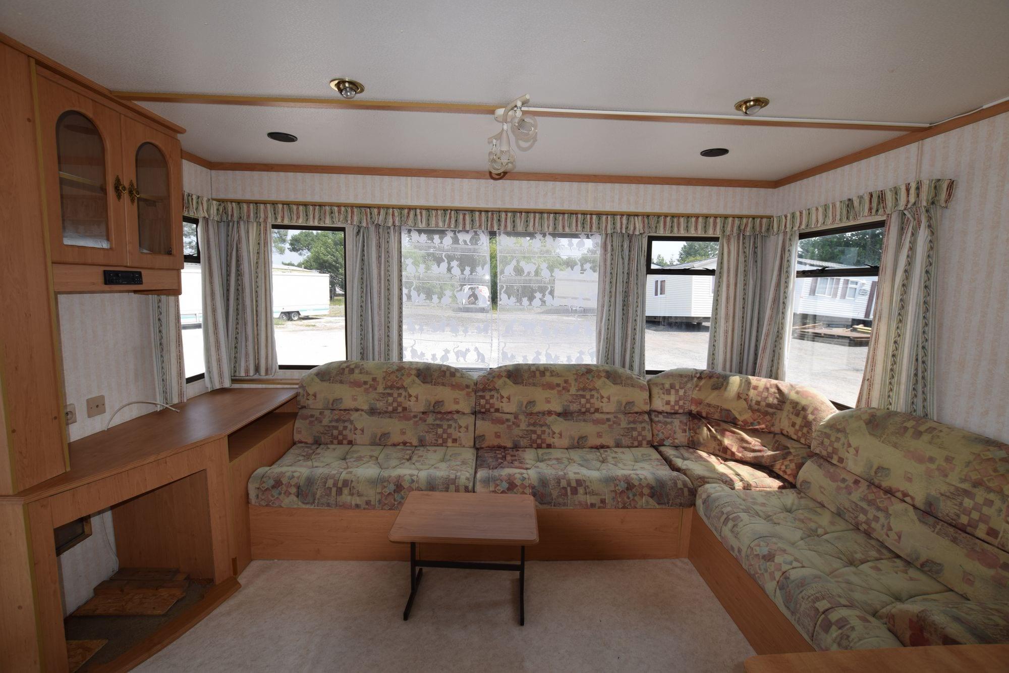 Cosalt excellence mobil home d 39 occasion 5 000 zen for Salon mobil home