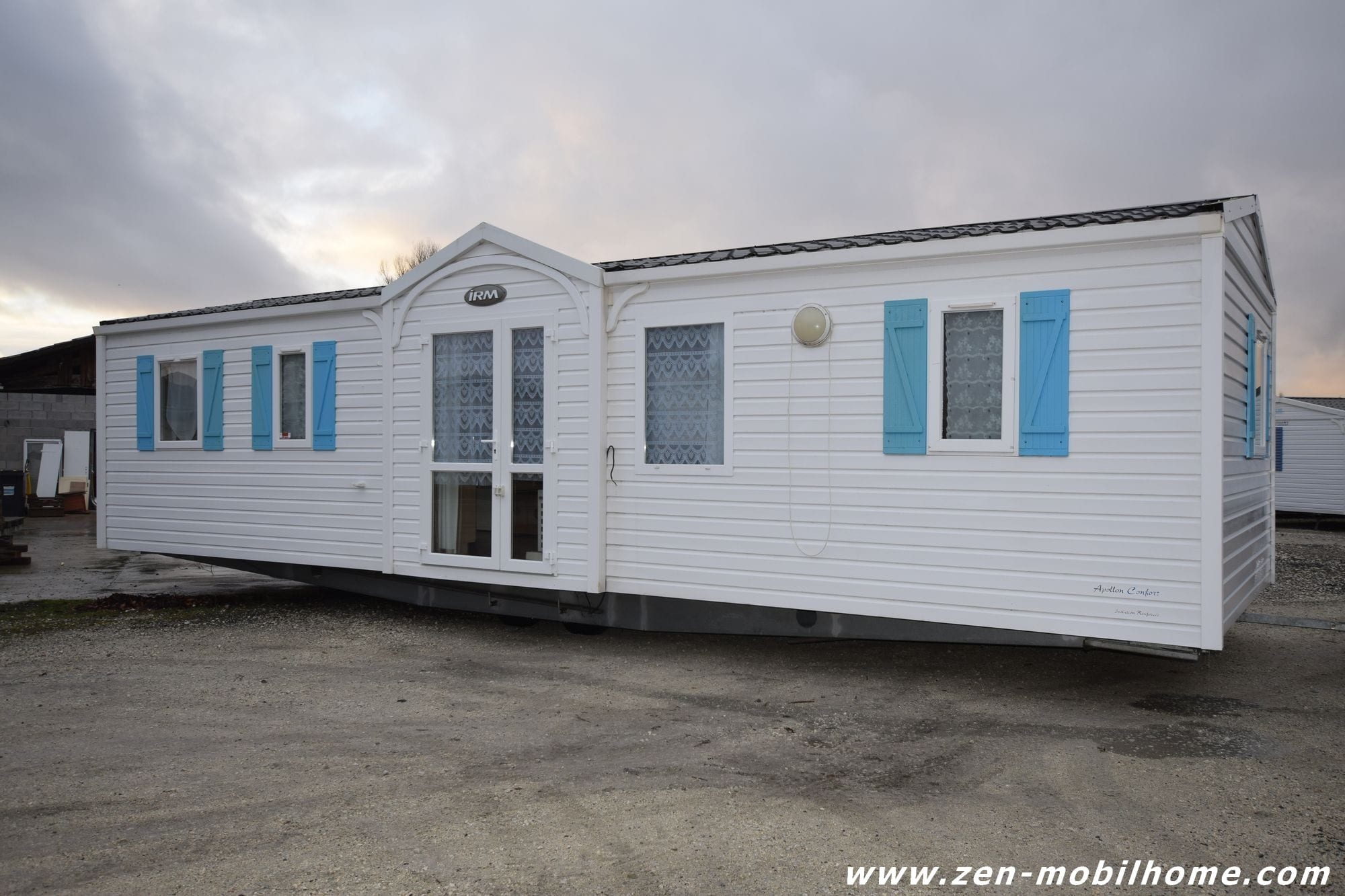 irm apollon 2007 mobil home d 39 occasion 17 000 zen mobil homes. Black Bedroom Furniture Sets. Home Design Ideas