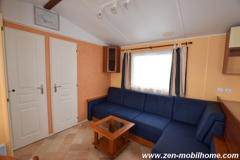 Irm rubis mobil home d 39 occasion 12 000 zen mobil homes for Salon mobil home
